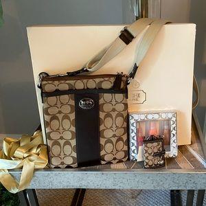 Coach 'Swing Pack' cross body bag/purse bonus